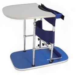 Eretor com mesa infantil